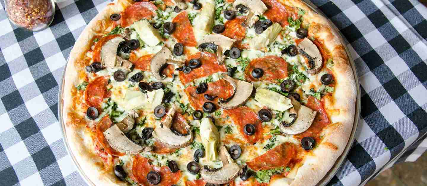Best Late Night Pizza in Parkdale, Toronto. Dine-In, Delivery or Takeout