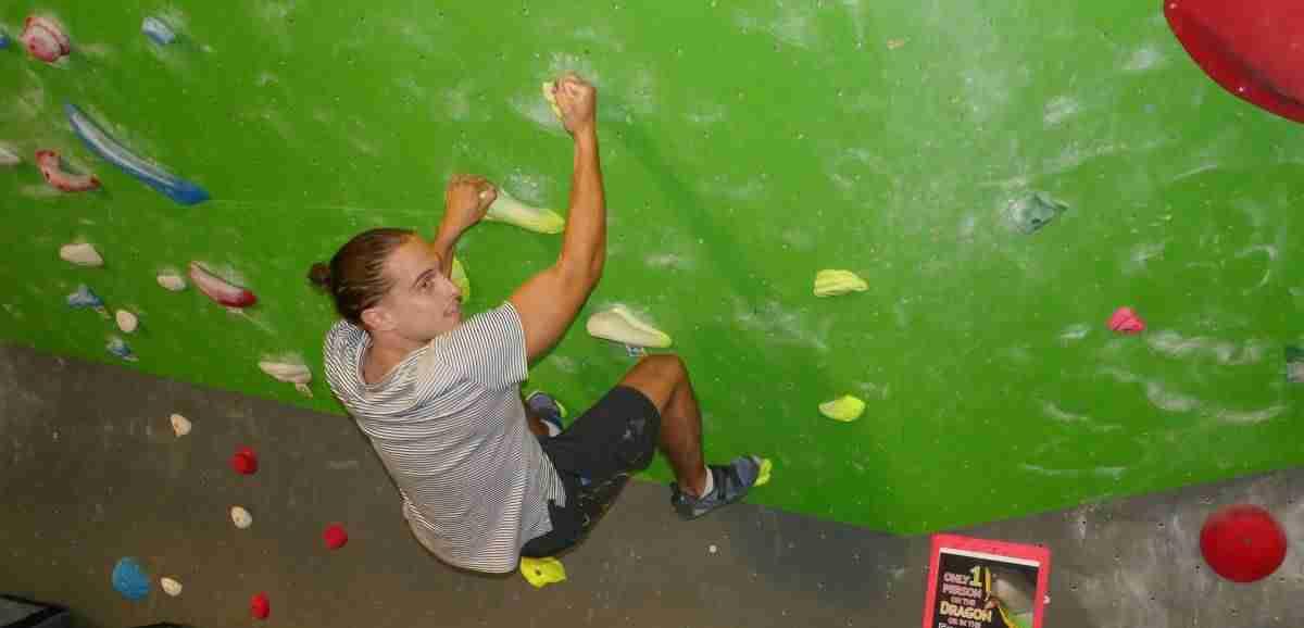 bouldering, Hub Climbing, climbers- how to climb